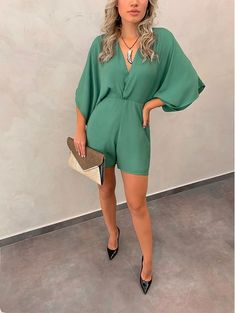 Shorts Outfits Women, Short Outfits, Spring Outfits, Casual Dresses, Casual Outfits, Summer Dresses, Look Fashion, Girl Fashion, Shorts With Tights