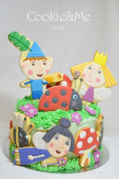 Ben and Holly cookies, Ben and Holly cake, Nanny Plum, Gaston ladybird Ben N Holly, Ben And Holly Cake, Ben And Holly Party Ideas, Character Cakes, Iced Cookies, Birthday Cookies, Cookie Designs, Buttercream Cake, Childrens Party