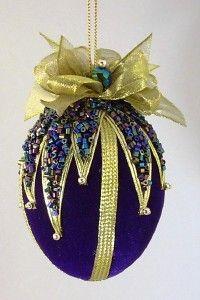 Vintage Style Handmade Beaded Velvet egg