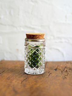海外の旅の思い出を茶箱に。ふくいひろこ「京都発 茶箱あそび、つれづれ」6月 How To Make Tea, Tea Ceremony, Utensils, Mason Jars, Blue, Flatware, Dishes, Mason Jar, Kitchen Utensils