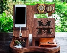 Wood Docking Station,Father's Day,Dad Birthday Gift,Anniversary Gift for Boyfriend, Husband Christma Handmade Gifts For Men, Personalized Gifts For Men, Gifts For Dad, Fathers Day Gifts, Diy Gifts, Custom Gifts, Husband Gifts, Personalized Wedding, Boyfriend Anniversary Gifts
