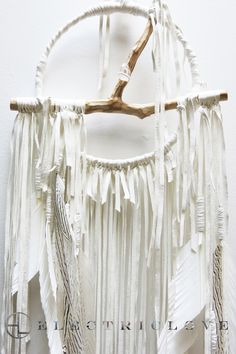 "Lemuria in Snow Quartz White withNatural Feathers12"" Ring - Custom"