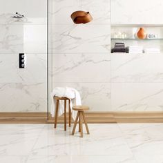 Use our Mimica Calacatta Oro Gloss Porcelain Tile for subtle elegance. These marble effect porcelain floor tiles have a beautiful warmth. Turquoise Tile, Calacatta Marble, Italian Tiles, Bath Tiles, Marble Effect, Tile Installation, Wall And Floor Tiles, Wall Tile, Marble Floor