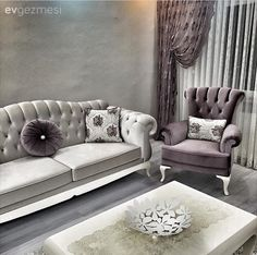Teacher Sevcan lady& purple accent with the elegant house . Living Room Themes, Living Room Lounge, Luxury Dining Room, Living Room Designs, Basement Furniture, Couch Furniture, Sofa Design, Interior Design, Luxury Home Furniture