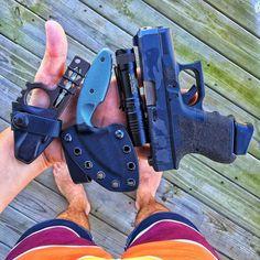 Walking home from the beach.... #WiseMen #2a #edc #edcgear #glock #wiseguy #everydaycarry #gunlife #pocketdump #igmilitia #pewpew #gear #comeandtakeit #freedom #prepper #knivesdaily #pockettools #multitool #guns #dtom #survival #prepared #gunsofig #gunaddict #igshooters #gunvids #America