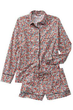 17 Pajamas Sets To Make That Extra Hour Of Sleep Even Better #refinery29  http://www.refinery29.com/77082#slide-15  ...