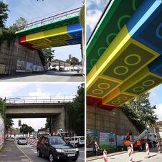 Wayfinding / Street Artist 'Megx' Creates Giant Lego Bridge in Germany Ads Creative, Creative Advertising, Advertising Design, Street Marketing, Guerilla Marketing, Best Graffiti, Billboard Design, Lego Worlds, Best Ads