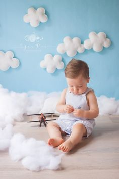 Clouds Hanging Wall Clouds Photo Prop Clouds Newborn Backdrop Large Orders Welcome WOOL FELT Nursery Clouds Baby Mobile Wall Cloud Pillow by PleasantLeeHome on Etsy Baby Boy Photos, Boy Pictures, Newborn Pictures, Fond Studio Photo, Fotos Baby Shower, Children Photography, Newborn Photography, Photography Ideas, Kids Fashion Photography
