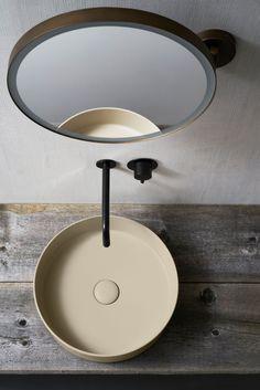 Lavabo d'appoggio collezione Shui Comfort color LINO - design by Paolo D'Arrigo e Specchio Pluto collezione Arcadia - design by APG Studio for CIELO
