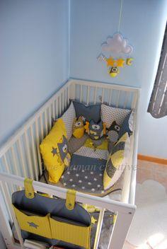 tour de lit chouettes et toiles jaune et gris bebe and tour de lit. Black Bedroom Furniture Sets. Home Design Ideas