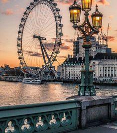 The London Eye. Photo by London Eye, London City, London Food, London Photography, Travel Photography, Places To Travel, Places To Go, Paris Torre Eiffel, London Dreams