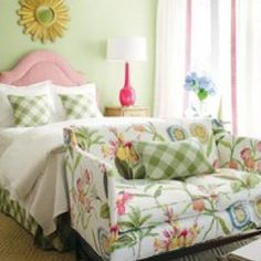 Modern Summer Bedroom Design With Pink Desk Lamp Pot And Tartan Pillow Motif Collections Combined With Sun Golden Mirror Farme And Floral Sofa Decorations: Fresh Rustic Summer Bedroom Decoration Ideas Decorating Your Home, Bedroom Design, Green Bedding, Bedroom Decor, Trending Decor, Girl Room, Beautiful Bedrooms, Bedroom Green, Home Decor