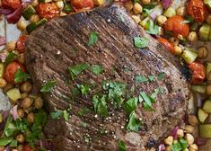 Greek Flank Steak and Veggie Salad - how to reheat leftover steak Slow Cooker Stuffed Peppers, Stuffed Peppers Healthy, Sirloin Steak Recipes, Beef Recipes, Recipies, Cuban Recipes, Dinner Recipes, Healthy Recipes, Veggie Dishes