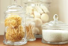 Last, but definitely not least, are the finishing touches. Remember that the little things matter. Decorate your bathroom with glass containers and fill them with sea sponges, bath salts; cotton balls or sand and seashells.