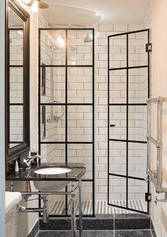 Trendy Bathroom Window In Shower Small Spaces Framed Shower Door, Bathroom Shower Doors, Window In Shower, Bathroom Windows, Glass Shower Doors, Shower Floor, Bathroom Interior, Modern Bathroom, Small Bathroom