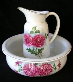 HAND PAINTED VINTAGE BOWL AND PITCHER