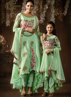 c7c4100f98 9 amazing Like Mother Like Daugter outfit collection images