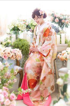 Kimono Japan, Japanese Wedding, Graduation Hairstyles, Hair Arrange, Yes To The Dress, Yukata, Japan Fashion, Kimono Fashion, Bridal Dresses