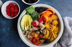 The Best Vegan Buddha Bowl ever! Filled with farro, mixed greens and arugula, carrot ribbons, roasted spiralized golden beets and more! Healthy Meals For One, Healthy Snacks For Diabetics, Healthy Dinner Recipes, Delicious Recipes, Roasted Beets, Vegetarian Kids, Vegetarian Recipes, Veggie Recipes
