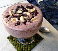 Super-Energizer Chocolate & Peanut Banana Smoothie http://kriscarr.com/recipe/super-energizer-chocolate-peanut-banana-smoothie/