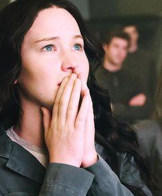 The Hunger Games Hunger Games Movies, Hunger Games Trilogy, Suzanne Collins, Katniss And Peeta, Katniss Everdeen, Tribute Von Panem, I Volunteer As Tribute, Hunger Games Catching Fire, Mockingjay