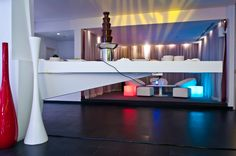 Table in solid surface, Aurora Lounge, Hues Boutique Hotel