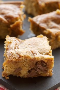 Caramel-Chocolate Chip Cookie Bars are simple, delicious bars packed with plenty of chocolate and caramel.