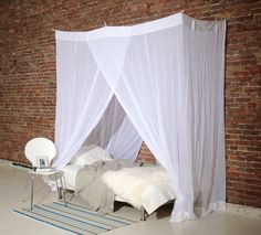 The cotton rectangular nets are available 4 sizes and in white or ecru color. Like the polyester rectangular nets the attached rings on the top of the net that can be used to hang the Mosquito Net directly to strings across the walls and/or ceiling. Price: €59 from; klamboe.com