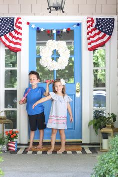 of july front door decor Fourth Of July Shirts For Kids, 4th Of July Outfits, July Wedding Colors, Patriotic Bunting, Porch Decorating, Decorating Ideas, Decor Ideas, Porch Styles, Summer Porch