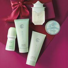 Have you seen the latest Avon Haiku set? Check out the popular Avon perfume online. #AvonFragrance #Haiku #ShopAvon #AvonRepColorado #AvonRep