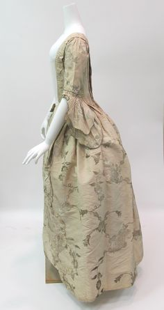 Robe à l'Anglaise | British | The Met