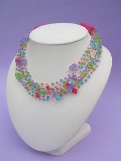Regenbogen Halskette. ideal für Mädchen. von Castro-Römer auf DaWanda.com