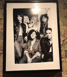 Photo spotted in restaurant tonight very young Chrissie Hynde (The Pretenders) Debbie Harry (Blondie) and Siouxsie Sioux (siouxsie and the banshees) anybody know who the other people are?