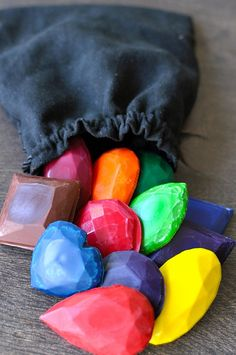 """crafts for kids: Make """"Gems"""" out of Recycled Crayons 