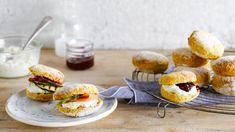 Zoete en hartige scones met zalm, courgette of hummus | VTM Koken