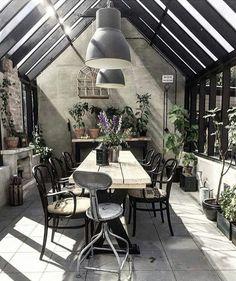 Post industrial Gardenhouse