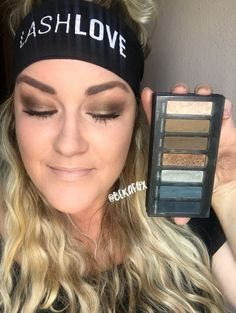 Recreate this bronze eye look with Younique Moodstruck Addiction Shadow Palette 4!