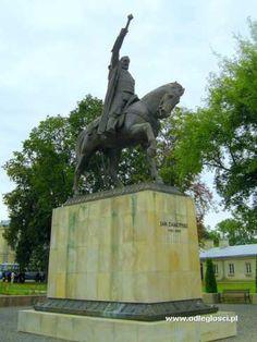 Pomnik Jana Zamoyskiego - Zamoścć...dłuta rzeźbiarza  J.Koniecznego-Prof Akademii Krakowskiej im.Jana Matejki