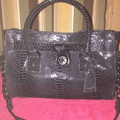 Michael Kors Hamilton Bag Authentic beautiful black snake skin bag! Only carried for a week because I have so many handbags!! Medium sized great for everyday !! All OFFERS considered!! Michael Kors Bags Satchels