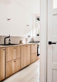 Kitchen Interior, Kitchen Decor, Interior Desing, Minimal Kitchen, Kitchen Colour Schemes, Kitchen Stories, Beautiful Kitchens, Home Decor Inspiration, Decoration