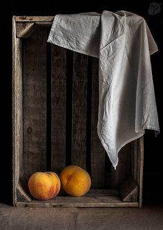 29/52 weeks of still lives: Crate and peaches | | My cooking… | Flickr
