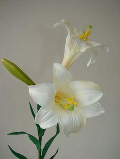 """1 Karton Kunstblumen """"Lilien"""" weiß 60cm Blumen Dekoration 12 Stück neu in OVP!"""