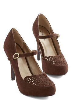 Definitive Drama Heel in Brown | Mod Retro Vintage Heels | ModCloth.com