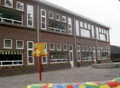 Oude school...st Petrus Cannisius