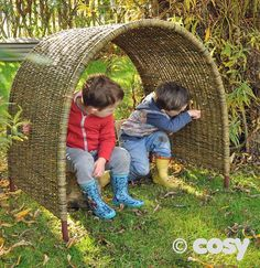 MEDIUM OUTDOOR WICKER ARCH - Dens - Early Years - Cosy Direct