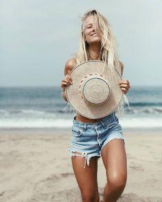 Family Beach Pictures, Beach Photos, Beach Bodys, Photography Beach, Life Hacks, Girl Fashion Style, Babe, Surfer Girl Style, Summer Street