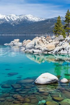 Next month's romantic adventure:Nevada Lake Tahoe, Nevada - Nevada is filled with things to do and see from the iconic Hoover Dam to the famous Las Vegas Strip. Here are 7 of the best attractions in Nevada. Lake Tahoe Nevada, Lake Mead Nevada, Lago Tahoe, Oh The Places You'll Go, Places To Travel, Places To Visit, Vacation Destinations, Vacation Spots, Lake Tahoe Vacation