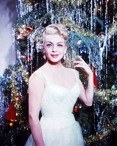 """Stars en fête... (de haut en bas) """"Merry Christmas"""" with Lana TURNER / """"Happy new-year"""" with Ann SHERIDAN /  """"Happy Halloween"""" with Colleen TOWNSEND / """"Mariage"""" with Gina LOLLOBRIGIDA / """"Happy birthday"""" with Joan CRAWFORD / """"Happy Thanksgiving-day"""" with Marilyn MONROE / """"Happy easter"""" with Romy SCHNEIDER / """"Happy Valentine-day"""" with Debbie REYNOLDS."""