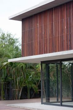 Image 14 of 21 from gallery of Bang Saray House / Architectkidd. Photograph by Luke Yeung Modern Architecture Design, Tropical Architecture, Minimalist Architecture, Facade Design, Interior Architecture, House Design, Modern Tropical House, Tropical Houses, Shade House