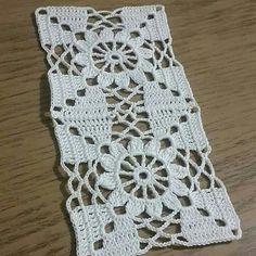 Crochet Round Cream White Doily Centerpiece Crochet Home De Motifs Granny Square, Crotchet Patterns, Granny Square Crochet Pattern, Crochet Blocks, Crochet Stitches Patterns, Crochet Round, Crochet Squares, Crochet Home, Thread Crochet